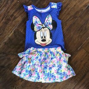 Disney Minnie Mouse shirt and skort matching set